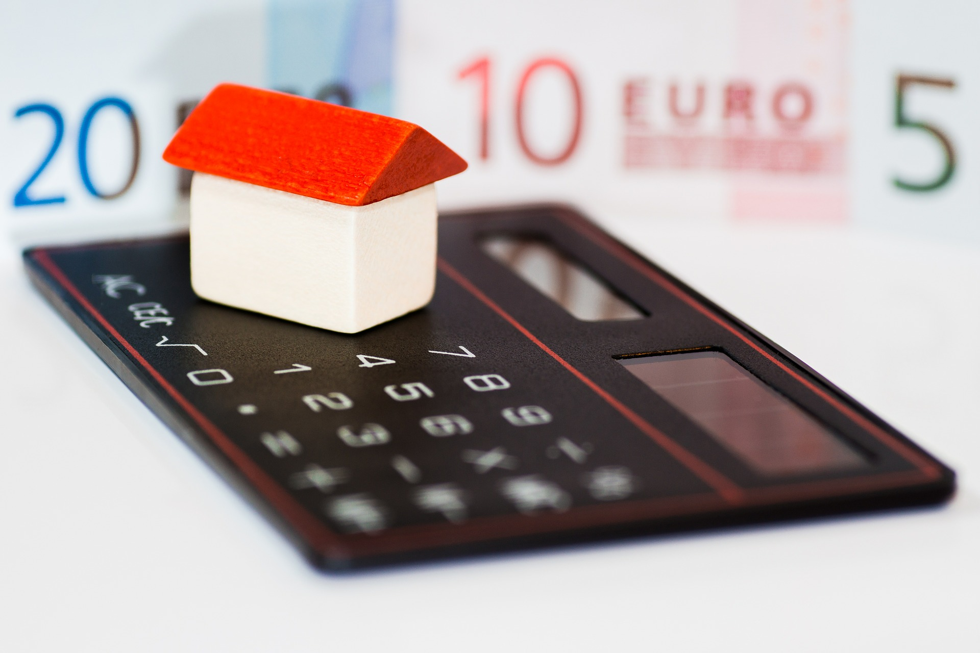 Can I Sell My House if I Have a Mortgage?